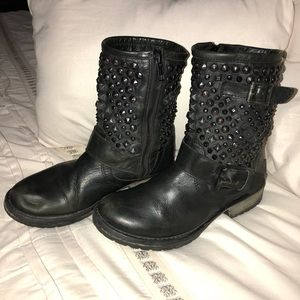 Steve Madden Leather studded moto ankle boots